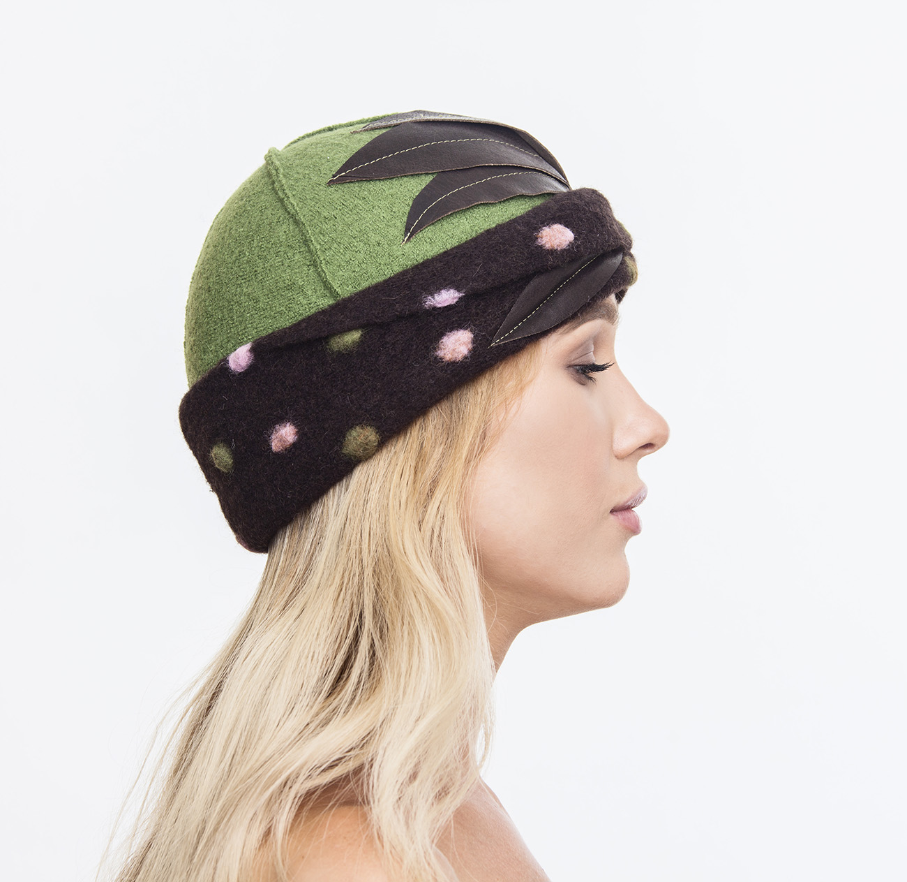 8968c76cc69 Green Boiled Wool Cloche with Leather Leaves - Atelier Alberto ...